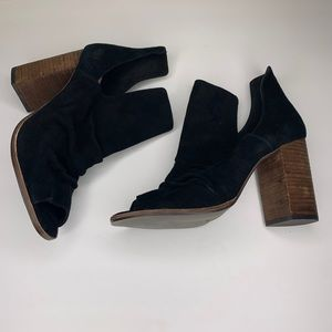 Kristin Cavallari Chinese laundry peep toe booties
